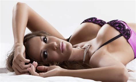 African american woman large breast images, stock photos jpg 800x482