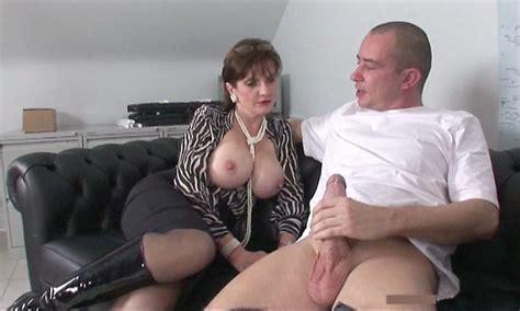 jack off watching porn jpg 1217x730